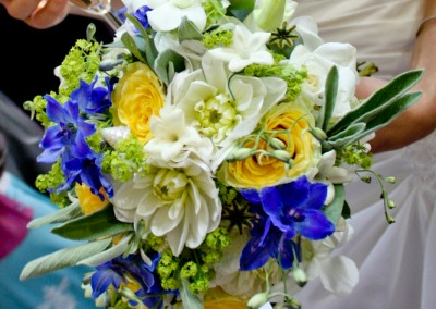 beach-themed-bridal-flowers-20