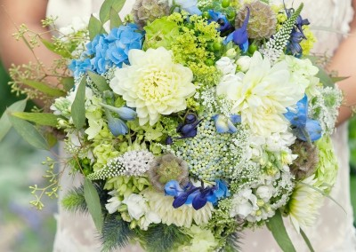 something-blue-wedding-bouquet